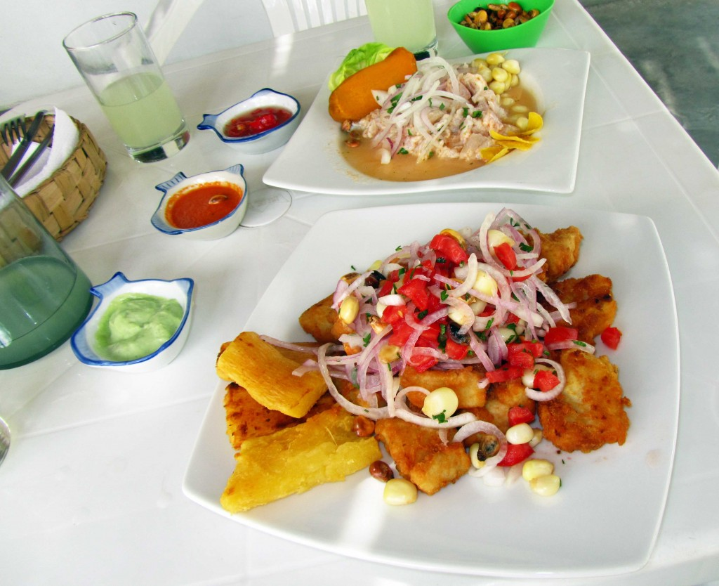 Exquisitos ceviche de corvina y jalea de pejeblanco. Exquisite Peruvian ceviche and jalea (fish fried). Marisquería Máncora, Ica, Peru Photo credit, placeOK