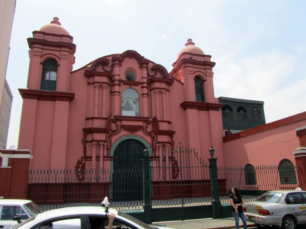 Fachada de la iglesia. Church´s facade. Photo credit, placeOK