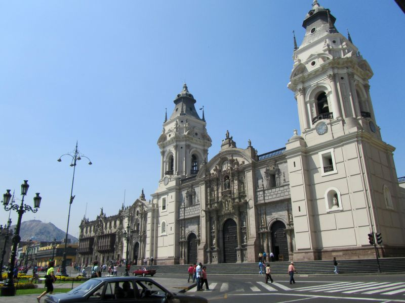 Catedral de Lima por placeOK